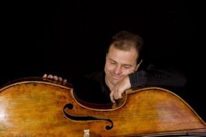 Tino Scholz (double bass)